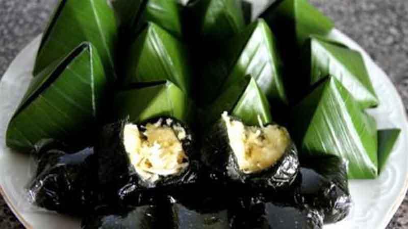 Bánh ít lá gai cù Lao Chàm